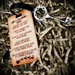 Santa Poem Personalised Keyring & Magic Metal Key